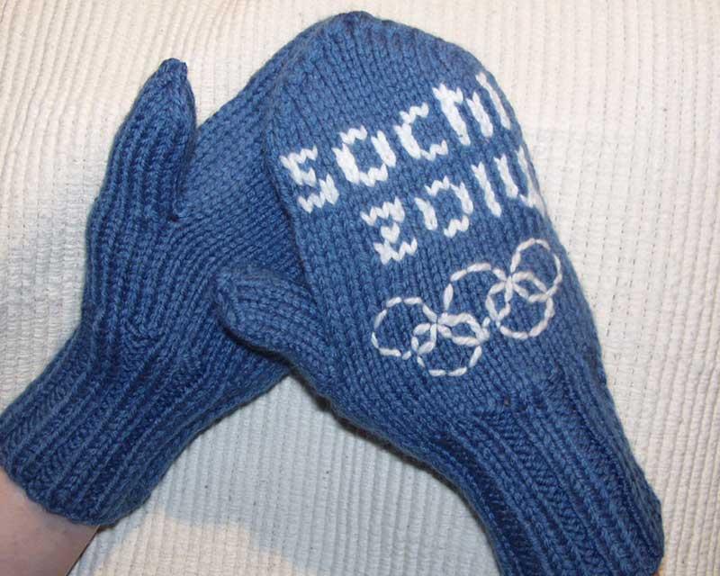 """Вязаные варежки ручной работы с Олимпийской символикой """"Сочи-2014"""""""