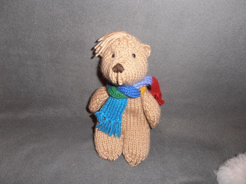 Медведь вязаный ручной работы