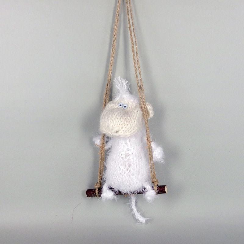 33 вязаных пуловера для женщин и детей